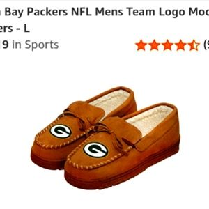 Green Bay Packers Moccasin Slippers New w tags. Au